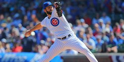 Cubs tender contracts to four arbitration-eligible players