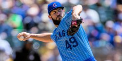 Arrieta, Davis reject qualifying offers