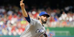 Cubs decline 2017 contract option for Hammel