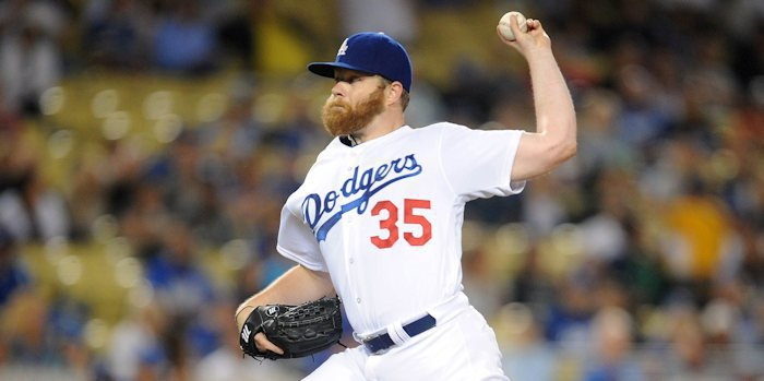 Cubs sign lefty to a one-year contract