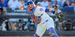 Cubs add Mets catcher to 40-man roster