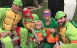Cubs players dress up in hilarious Halloween costumes