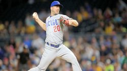 Should the Cubs re-sign Steve Cishek, Brandon Kintzler?