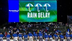 Rain delay in Braves-Cubs game at Wrigley Field