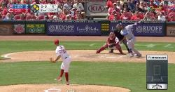 WATCH: Kris Bryant comes up clutch with go-ahead 3-run dinger