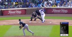 WATCH: Willson Contreras drills first-inning grand slam
