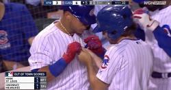 WATCH: Willson Contreras gets ball boy to fix his jewelry
