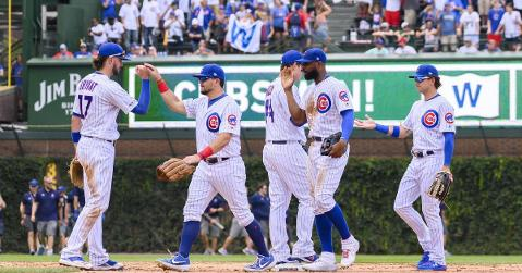 Great opportunity to meet current and former Cubs players (Patrick Gorski - USA Today Sports)