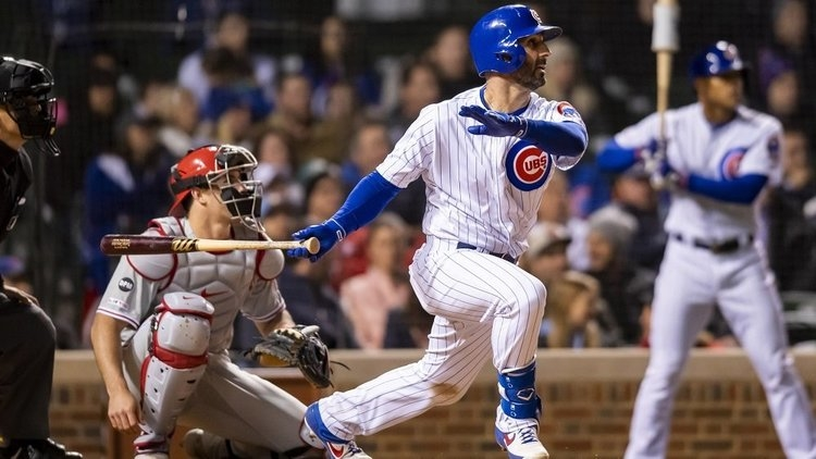 Daniel Descalso provided the Cubs with hope by hitting a late Little League home run. (Credit: Patrick Gorski-USA TODAY Sports)