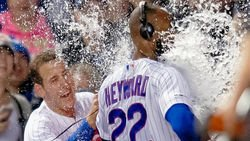 Fly the walk-off W, Cubs' roster moves, Russell's return, more