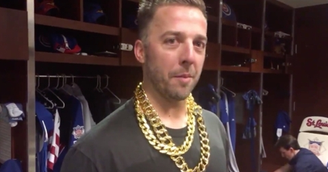 A certified goofball, fun-loving Chicago Cubs reliever Brandon Kintzler poked fun at a fellow member of the Cubs' bullpen during his postgame interview.