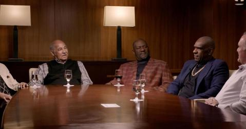 Lee Smith (center) took part in a roundtable discussion with a select group of other Chicago Cubs legends.