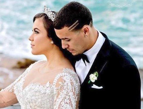 El Mago is married now