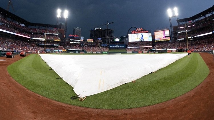 The rain delay at Busch Stadium, which spanned over 3 1/2 hours, lasted longer than most games. (Credit: Zach Dalin-USA TODAY Sports)