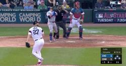 WATCH: Kyle Schwarber tallies double after thinking he fouled pitch off