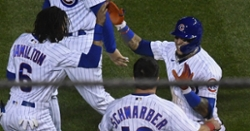 Javier Baez comes up clutch as Cubs record second consecutive walkoff win
