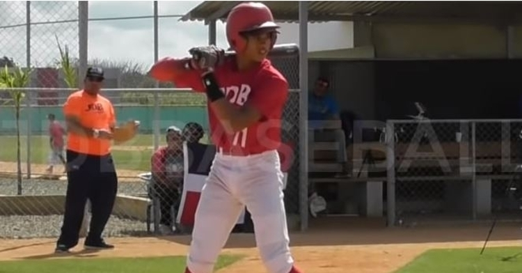 Cristian Hernandez is arguably the No. 1 IFA prospect (Photo credit: JDB Baseball RD)