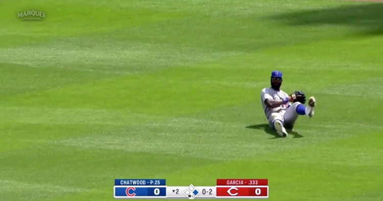 With the score tied 0-0 in the bottom of the second, Jason Heyward pulled off a great catch in right field.