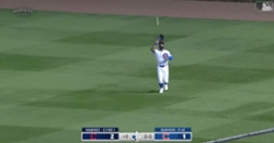 WATCH: Jason Heyward shows off his cannon, fires perfect throw to plate