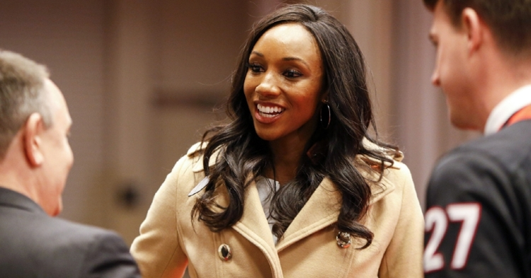 A tweet concerning ESPN reporter Maria Taylor's outfit resulted in a radio host getting fired. (Credit: Brett Davis-USA TODAY Sports)