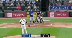 WATCH: Kyle Schwarber goes 'oppo' with go-ahead blast