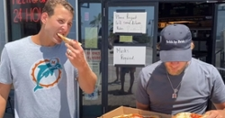 WATCH: Anthony Rizzo guests on a Barstool Pizza review