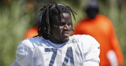 Bears activate starting offensive lineman off PUP list