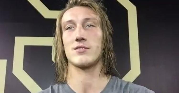Former NFL standout advises Trevor Lawrence to stay in school if Jets have No. 1 pick