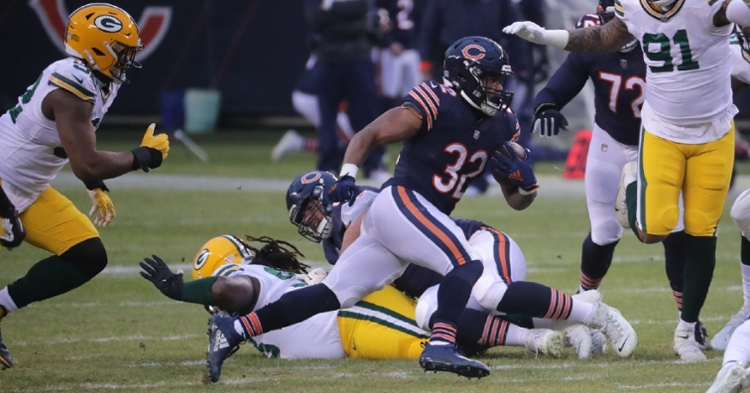 David Montgomery's opening-drive rushing score was the Bears' lone touchdown of Week 17. (Credit: Mark Hoffman via Imagn Content Services, LLC)