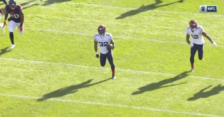 David Montgomery scored an 80-yard rushing touchdown on the Bears' first offensive play.