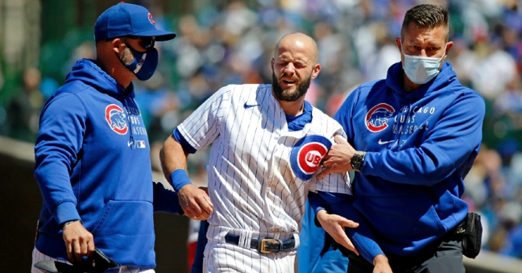 David Bote was forced to exit Saturday's game after separating his left shoulder while sliding. (Credit: Jon Durr-USA TODAY Sports)