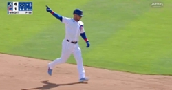 WATCH: Willson Contreras smacks rainmaker out onto Waveland Avenue