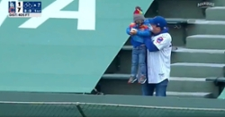 WATCH: Young Cubs fan throws Dodgers home run ball back onto field