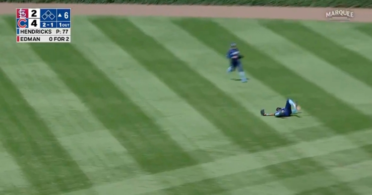 Five-time Gold Glove Award winner Jason Heyward went all out and came up with a remarkable catch.
