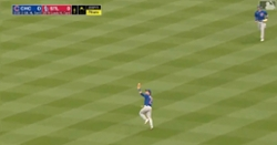 WATCH: Nico Hoerner makes nice catch, doubles off runner at second base