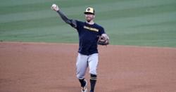 Cubs adding veteran infielder Eric Sogard