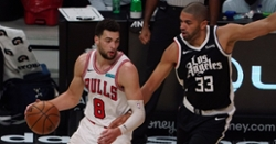 Zach Lavine drops season-high 45 points in close loss to Clippers