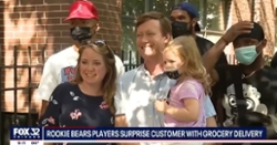 WATCH: Justin Fields, other Bears rookies deliver groceries to unsuspecting fan