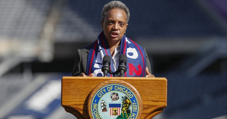 Mayor Lightfoot's strongly worded statement proves that she takes her Bears fandom seriously. (Credit: Kamil Krzaczynski-USA TODAY Sports)