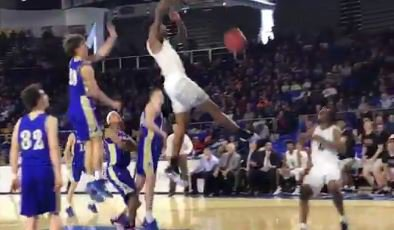 WATCH: Higgins with thunderous dunks vs. Brentwood