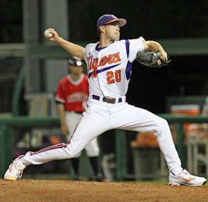 Scott Firth (3-0) earned the win by tossing 6.0 scoreless innings of two-hit ball.