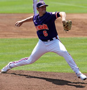 In 5.0 innings pitched, Leone (6-2) allowed four hits, no runs, and four walks with five strikeouts to earn the win.