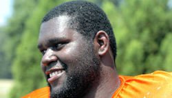 Slimmer Kalon Davis ready to help the offensive line