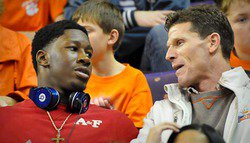 McKinzy blown away by Clemson visit