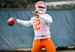 Freshmen quarterbacks facing obstacles head on