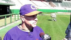 Leggett, players preview USC series