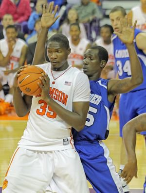 Freshman center Landry Nnoko had 14 points and 6 <br>rebounds.