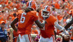 Clemson offense almost perfect in first half