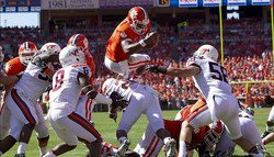 Tigers gobble up Hokies, win 11th consecutive at home in 38-17 win
