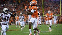 Instant Halftime Analysis: Clemson 14, South Carolina 10